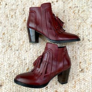 Arnold Churgin booties size 38